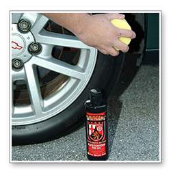When applied regularly, Wolfgang Black Diamond Tire Gel prolongs the life of your tires, maintaining that showroom luster.