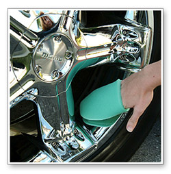 Flex Foam Finger Pockets make polishing easier! Each Finger Pocket is made of foam and fits over your fingers.